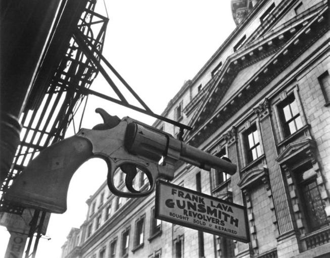 1937 - Gunsmith And Police Station